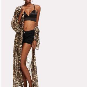 Maxi leopard print kimono